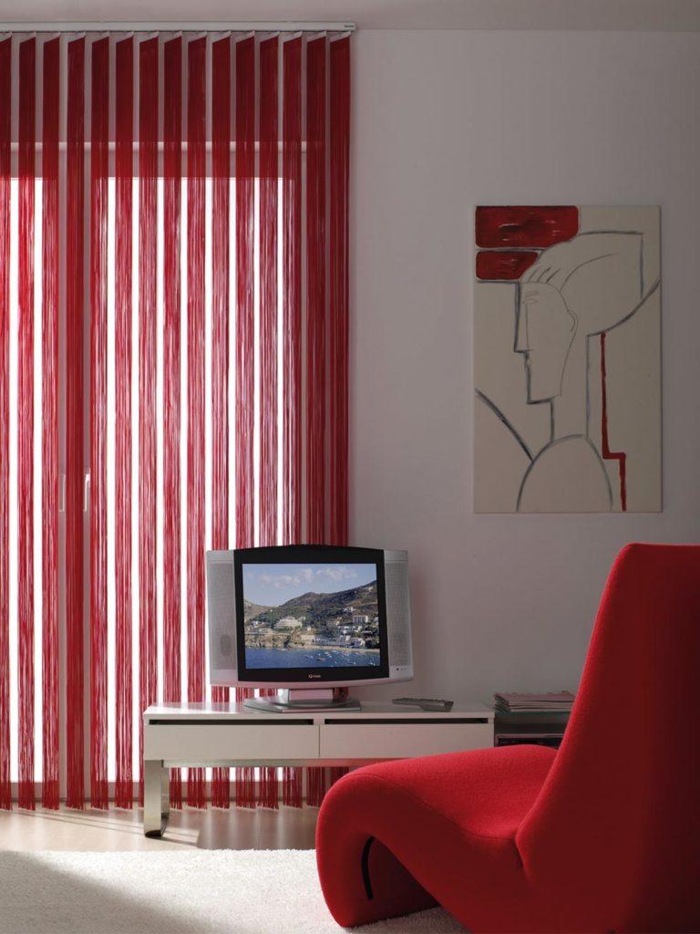 Tende verticali a fili rosse - Sintesi Tende Orbassano Torino