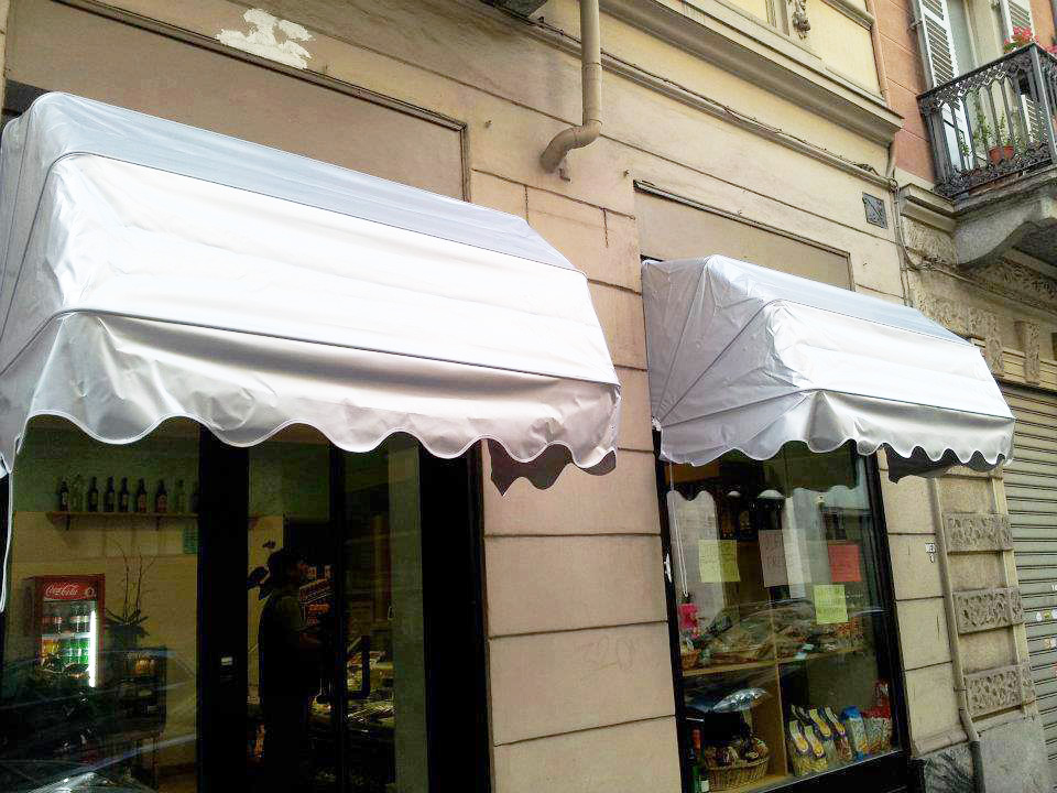Tende capottine per negozi da sole per esterno - Sintesi Tende Orbassano Torino